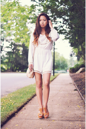white DressLink romper - beige coach bag - burnt orange Dolce Vita wedges