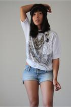 vintage blouse - a&f shorts