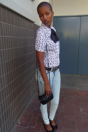off white shirt - black tie - silver pants