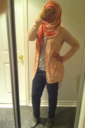 pink scarf - heather gray boots - light pink cardigan - heather gray top