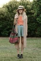 hat & shorts