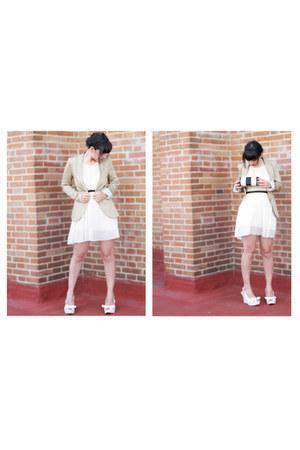 beige Stradivarius blazer - ivory Zara dress - off white clutch BLANCO bag