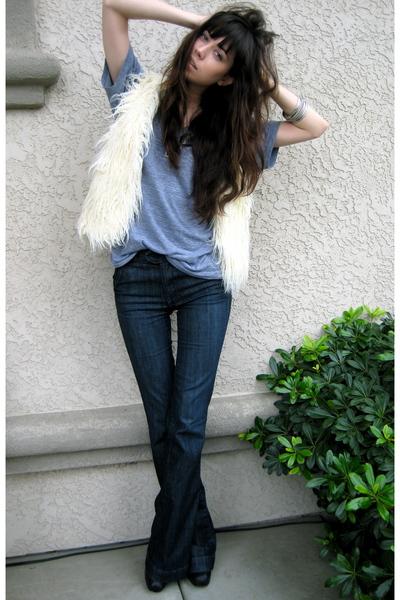 beige Forever 21 vest - gray American Apparel t-shirt - blue Anlo jeans