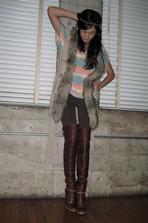brown night cap clothing leggings - blue vintage shirt - beige H&M vest - brown