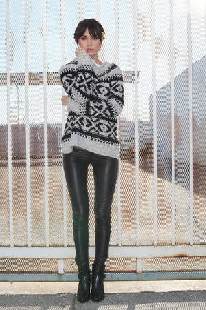 white free people sweater - black Zara boots - black Kelly Wearstler pants