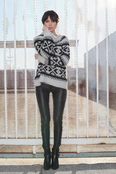 white free people sweater - black Zara boots - black Kelly Wearstler pants
