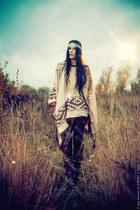 faux leather Miss Selfridge shorts - Topshop accessories