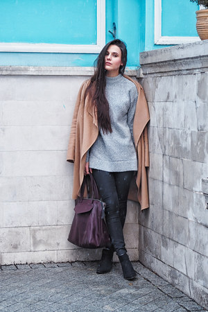 black chelsea Deichmann boots - black Topshop jeans