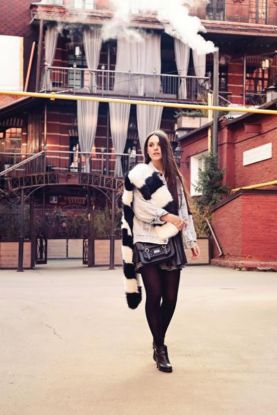black skater brandy melville skirt - black Topshop boots