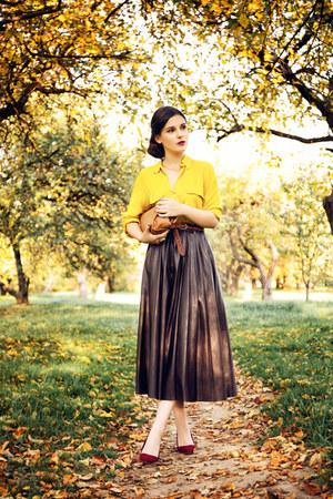 dark brown leather Zara skirt - gold Zara blouse