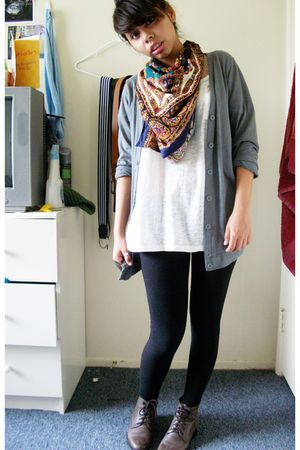 gray Forever21 cardigan - white OP t-shirt - black Forever 21 leggings - brown A