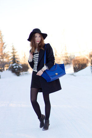 black H&M skirt - black sam edelman boots - navy wool Zara coat