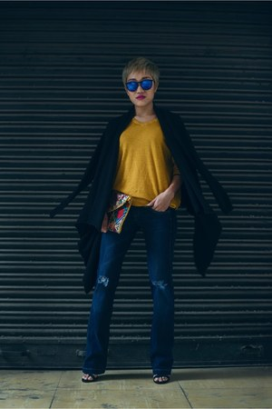 navy boot cut Pepe Jeans jeans - mustard knitted Pepe Jeans cardigan