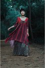 Ruby-red-cotton-label-ritu-kumar-dress-silver-choker-aj-store-necklace