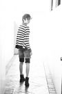 Black-sm-department-store-cardigan-black-bench-shorts-black-guess-shorts-b