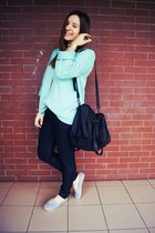 light blue Secondhand sweater - black Zara bag