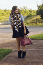 gold leopard print H&M scarf - sky blue Old Navy shirt - brick red coach bag