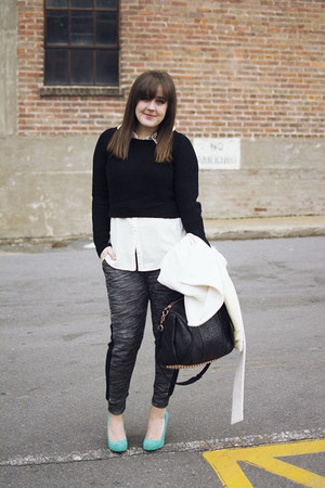 black cropped The Limited sweater - white The Limited coat