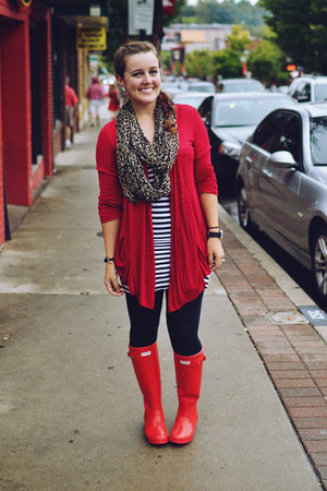 red rainboots Hunter boots - black Forever 21 leggings