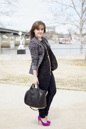 heather gray leopard Joie blazer - navy skinny Hudson jeans