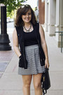 Black-stripe-aline-forever-21-skirt-black-vintage-coach-bag