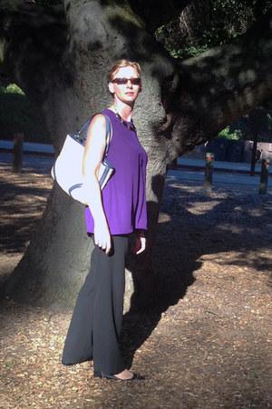 beige coach purse - dark brown Maui Jim sunglasses - black pants