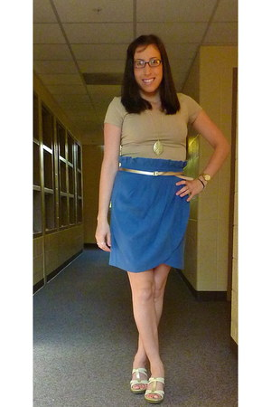 blue Forever 21 skirt - nude H&M t-shirt - nude white mountain wedges