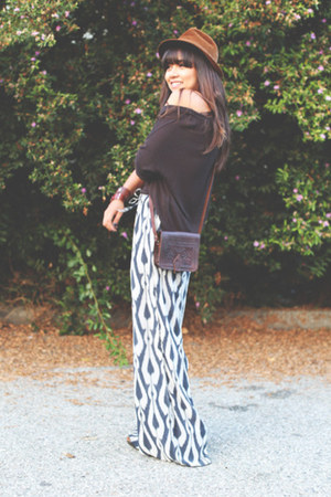 leather vintage bag - gray H&M sweater - wide leg Anthropologie pants