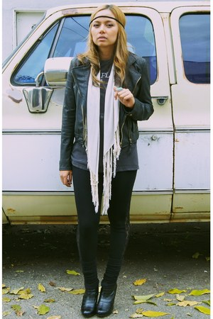 thrifted vintage jacket - boyfriends t-shirt - Hurley scarf - Sample Sale leggin