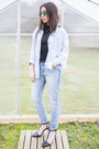 Light-blue-cropped-max-jeans-jeans-light-blue-levis-shirt