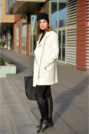 white River Island coat