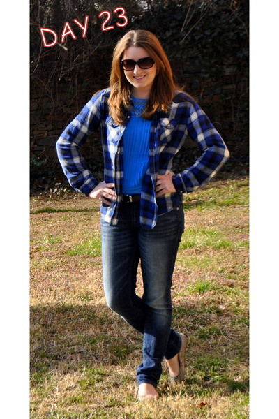 Levis jeans - Marc by Marc Jacobs sunglasses - American Eagle flats - Target top