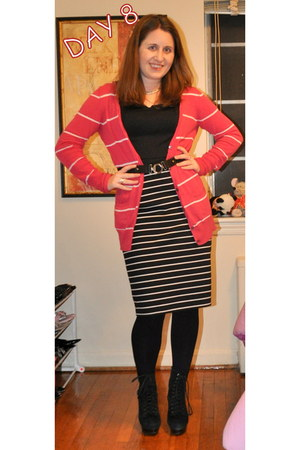 Steve Madden boots - XOXO dress - American Eagle cardigan - White House Black Ma
