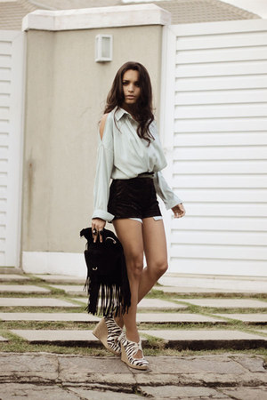 light blue Chicwish top - black Andarella bag - black Brechiaf shorts