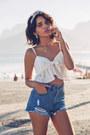 Blue-denim-shorts-sheinside-shorts-white-sheinside-top