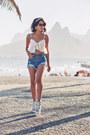 Blue-denim-shorts-sheinside-shorts-white-sheinside-top