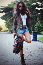 Cantao boots - Di Santini bag - H&M shorts
