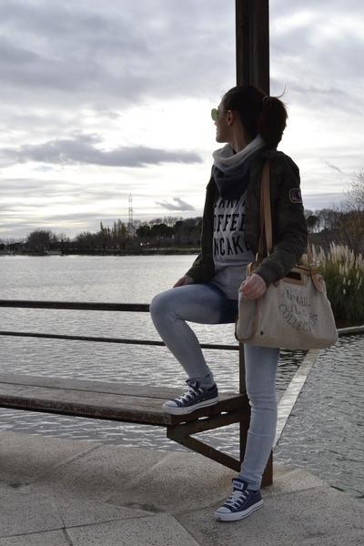 teal Zara jeans - army green Zara shirt - black H&M scarf - brown kling bag
