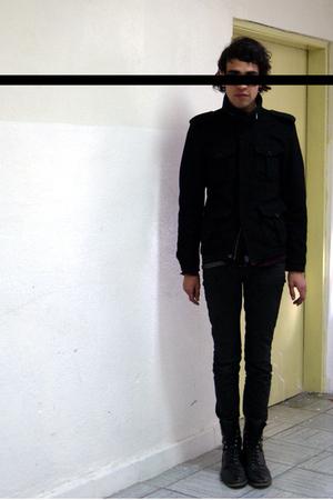 black boots - gray jeans - black jacket