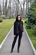 black over the knee H&M boots - black Zara jeans - black H&M blazer