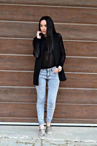 silver H&M jeans - black Zara vest - black Zara blouse - camel H&M loafers