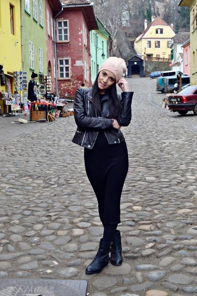 black faux leather Bershka boots - black Zara dress - light pink H&M hat