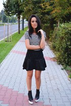 white crop H&M top - black H&M shoes - gray peplum Zara skirt