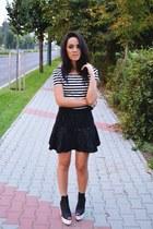 white crop H&M top - black H&M shoes - gray peplum Zara skirt