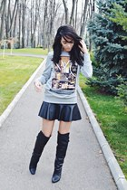 silver men H&M sweatshirt - black over the knee H&M Paris boots