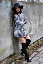 black H&M hat - black Stradivarius boots - off white PERSUNMALL dress