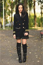 navy vintage Vertigo blazer - black over the knee H&M boots