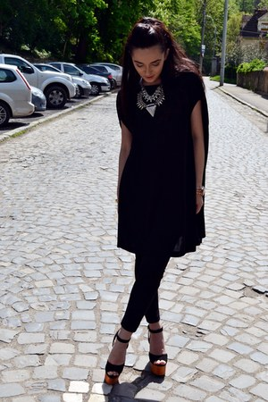 black Zara dress - black Stradivarius jeans - black Jeffrey Campbell sandals
