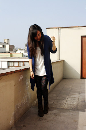 Mary Paz boots - no brand leggings - Xiomi shirt - Forever 21 cardigan
