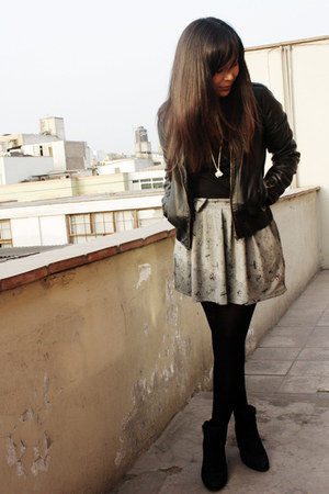 axxs boots - BLANCO jacket - Xiomi shirt - Caffarena tights - Pull and Bear skir
